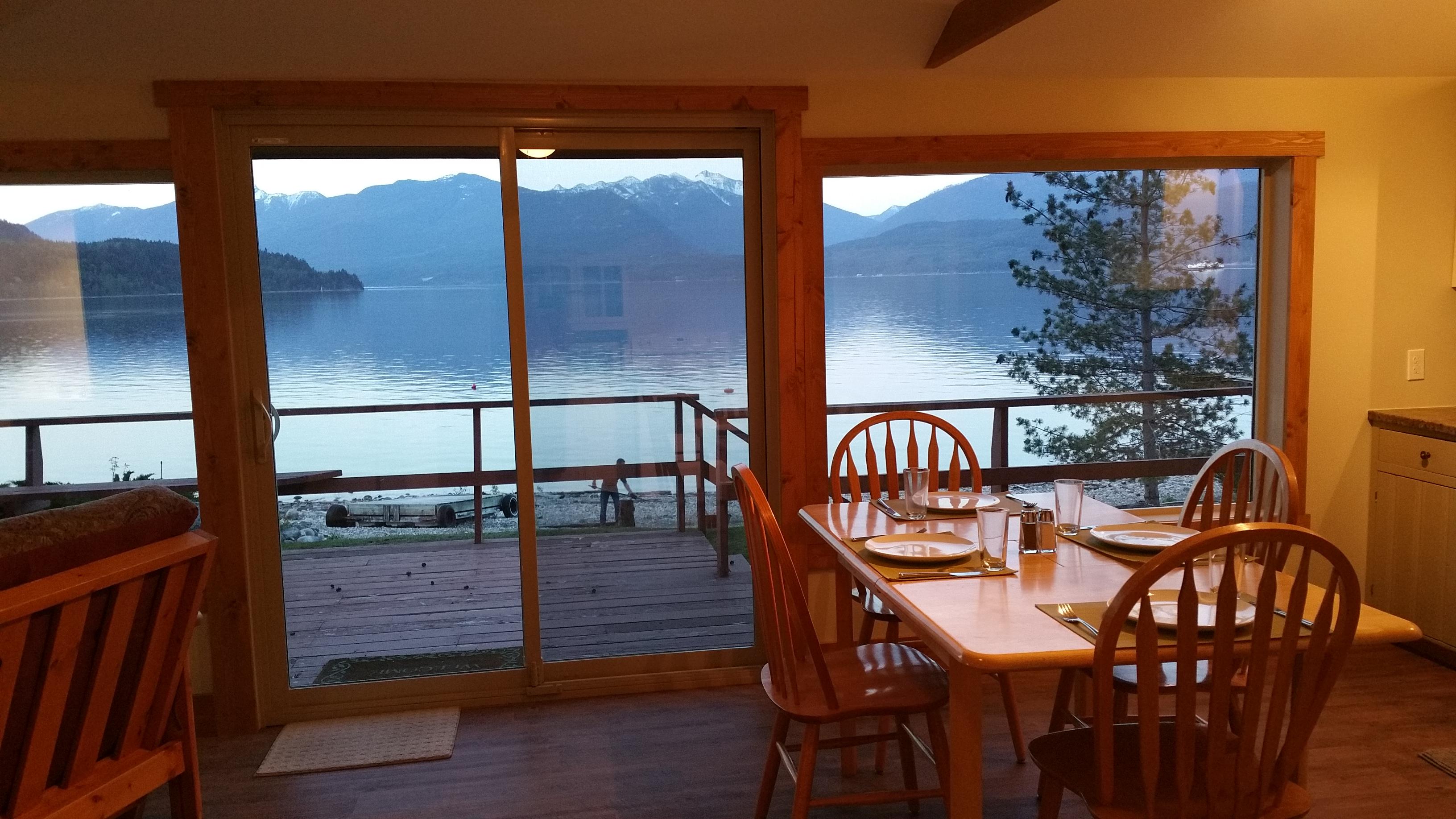 Kootenay Lake Cabin Rentals | Kootenay Lake Hideaways